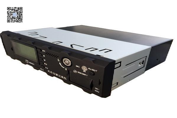 8路部标车载视频汽车行驶记录仪